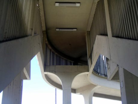 Afogados metro station